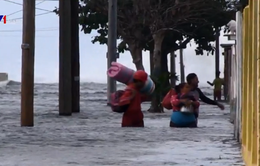 Ngập lụt do thời tiết bất thường ở La Habana