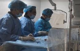 Can thiệp cấp cứu bệnh nhân bị tắc mạch