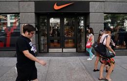 Nike trụ vững trước căng thẳng thương mại Mỹ - Trung