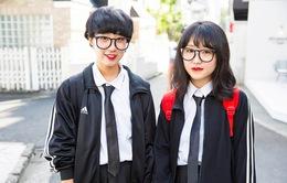 """Nhật Bản """"tố"""" smartphone làm giảm thị lực học sinh"""