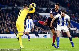 Hàng thủ hớ hênh, Arsenal nhọc nhằn chia điểm trên sân của Brighton