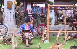Đón Tết tại Làng văn hóa các dân tộc Việt Nam