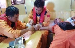 Cứu nạn kịp thời thuyền viên Philippines bị nạn trên biển