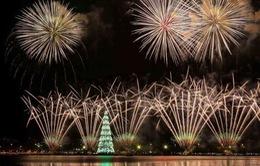 Không khí Giáng sinh sớm ở Rio de Janeiro, Brazil