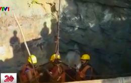 Ấn Độ chạy đua thời gian giải cứu 15 thợ mỏ mắc kẹt trong nước lũ