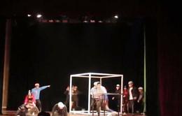 Biên kịch Hàn Quốc đưa xe ôm lên sân khấu kịch