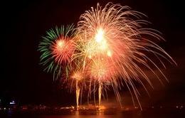Các địa phương bắn pháo hoa chào mừng năm mới
