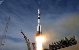 Sau sự cố hồi tháng 10, đội phi hành gia mới đã tới trạm không gian quốc tế ISS an toàn