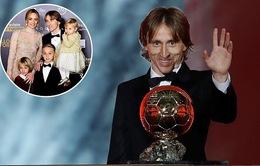 VIDEO: Vượt Ronaldo, Luka Modric nhận giải Quả bóng Vàng 2018