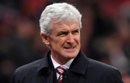 Southampton sa thải HLV Mark Hughes sau trận hòa trước Manchester United