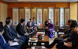 Chủ tịch Quốc hội tiếp các tập đoàn lớn của Hàn Quốc