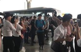 ĐT Việt Nam đến sân bay Nội Bài, lên đường sang Malaysia
