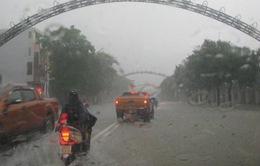 Nghệ An: Mưa lớn gây ngập và ách tắc nhiều tuyến đường