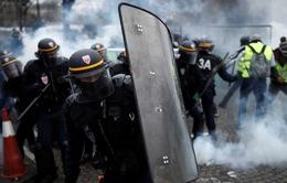 Pháp thắt chặt an ninh cuối tuần ngăn ngừa bạo động