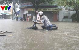 Mưa lớn gây ngập nặng: Học sinh, sinh viên tại Đà Nẵng được nghỉ học trong ngày 10/12