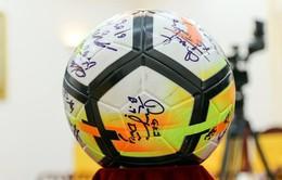Quả bóng và chiếc áo ĐT U23 Việt Nam tặng Thủ tướng được trả giá 20 tỷ đồng