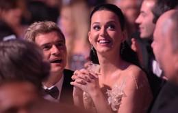 "Vì sao Orlando Bloom và Katy Perry thích chơi trò ""cút bắt""?"