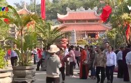Nha Trang: Các điểm du lịch tâm linh đông đúc ngày đầu xuân Mậu Tuất 2018