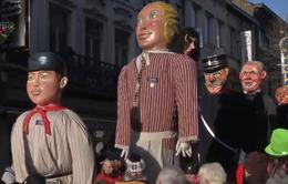 Lễ hội hóa trang thành phố Charleroi