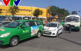 Xe buýt chở 23 học sinh va chạm liên hoàn tại Đà Nẵng