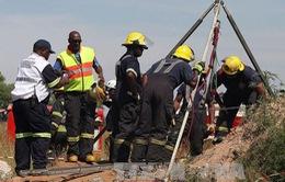 Nam Phi: Giải cứu an toàn 955 thợ mỏ bị mắc kẹt ở độ sâu 1.000m