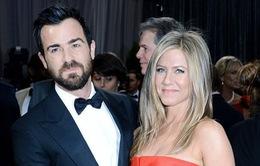 Vẫn giữ tin nhắn của Brad Pitt – nguyên nhân khiến Jennifer Aniston và chồng mới ly chia tay?