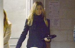 Jennifer Aniston lần đầu xuất hiện sau khi công khai tin ly hôn