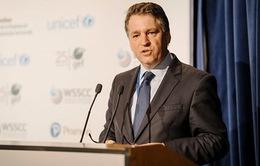Phó Giám đốc UNICEF từ chức