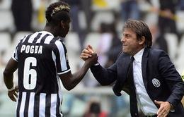 Conte bóng gió mỉa mia Mourinho không biết dạy Pogba