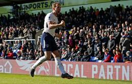 Giành 3 điểm hú vía, Tottenham chen chân vào top 4 Premier League