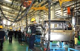 """Việt Nam """"gỡ rào"""" thuế nhập khẩu, ngành sản xuất ô tô trong nước nói gì?"""