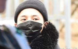 """""""Rừng"""" người hâm mộ chia tay G-Dragon nhập ngũ"""