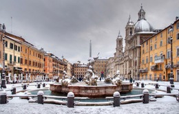 Bão tuyết hiếm hoi tràn qua thủ đô Rome, Italy