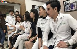 Ngày Thầy thuốc Việt Nam: nhiều bác sĩ hiến máu cứu người
