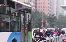 Café Sáng với VTV3: Xung quanh đề xuất cho phép các phương tiện đi vào làn BRT