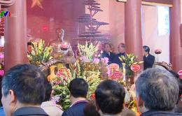 Dâng hương tưởng nhớ Chủ tịch Hồ Chí Minh nhân ngày thành lập Đảng