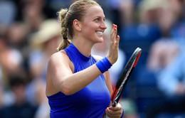 Thắng áp đảo Mladenovic, Kvitova vô địch St. Petersburg mở rộng