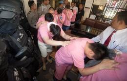 Indonesia trục xuất 55 người Trung Quốc lừa đảo qua mạng