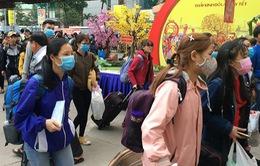 """TP.HCM: """"Chuyến xe mùa Xuân"""" đưa 3.000 sinh viên về quê ăn Tết"""
