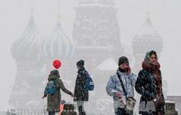 Nga: Thủ đô Moscow hứng chịu đợt tuyết rơi dày nhất một thế kỷ qua