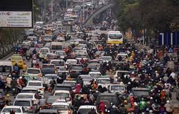 Càng gần Tết, giao thông Hà Nội, TP.HCM càng ùn tắc