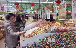 Bộ Y tế khuyến cáo người dân cần lựa chọn bánh kẹo, thực phẩm an toàn trong dịp Tết
