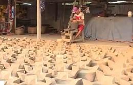 Lò gốm duy nhất còn làm bếp ông Táo ở TP.HCM