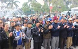 """600 người bệnh đồng hành trên """"Chuyến xe yêu thương"""" về quê đón Tết"""