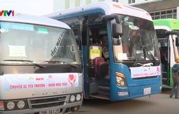 10 chuyến xe ô tô miễn phí đưa hàng trăm bệnh nhân ung thư về quê ăn Tết