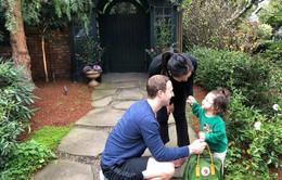 Ông chủ Facebook khoe ảnh con gái ngày đầu tiên đi học mẫu giáo siêu đáng yêu