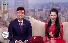 MC Minh Hà trắng đêm tự tay đính sao vàng lên trang phục mừng chiến thắng của U23 Việt Nam