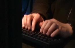 Hạ viện Mỹ thông qua dự luật cho phép tiếp tục theo dõi người dùng Internet