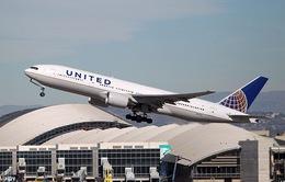Máy bay United Airlines phải hạ cánh khẩn cấp