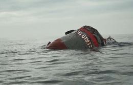 Hai tàu chìm trên vịnh Quy Nhơn được bán phế liệu